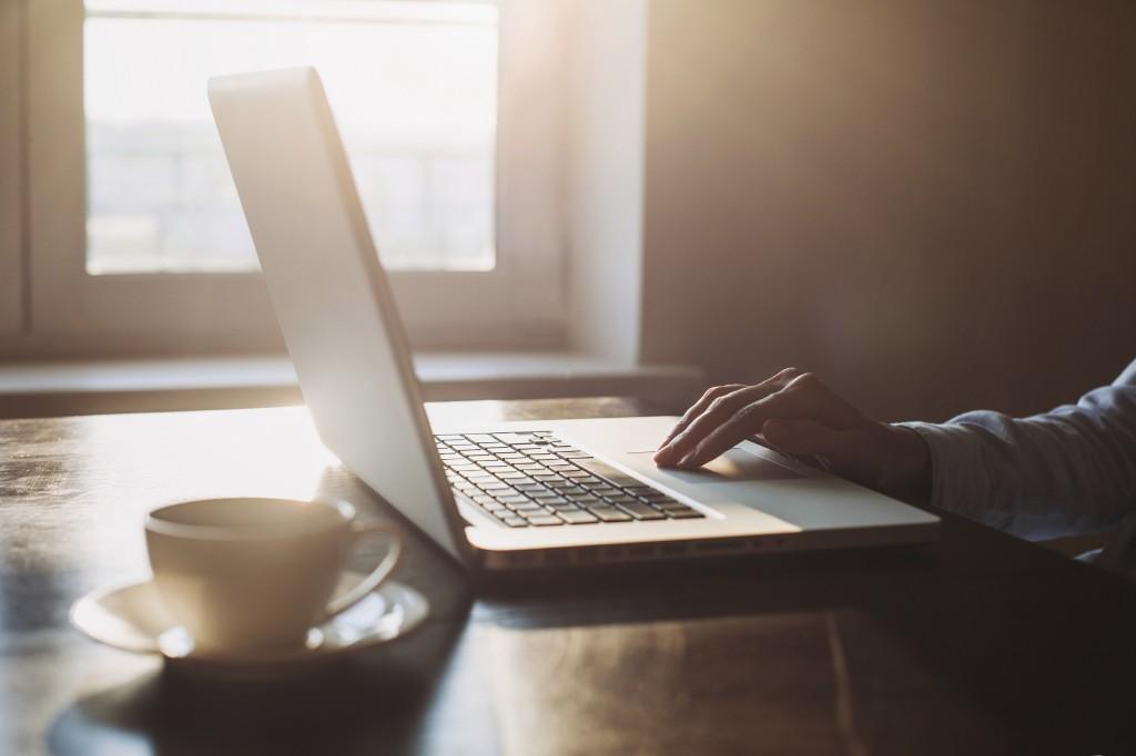 Joissakin seurakunnissa aikuisriparin voi tehdä myös netissä, jolloin suurin osa opiskelusta tapahtuu itsenäisesti verkkomateriaalien avulla